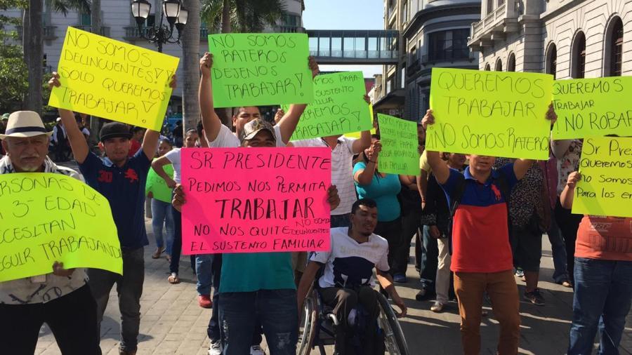 Protestas de ambulantes tienen trasfondo político: Chucho Nader