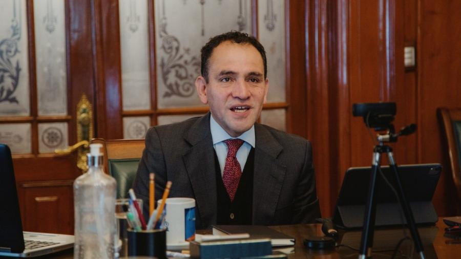 Asegura Arturo Herrera que al menos 80 millones de mexicanos estarán vacunados contra el COVID en junio