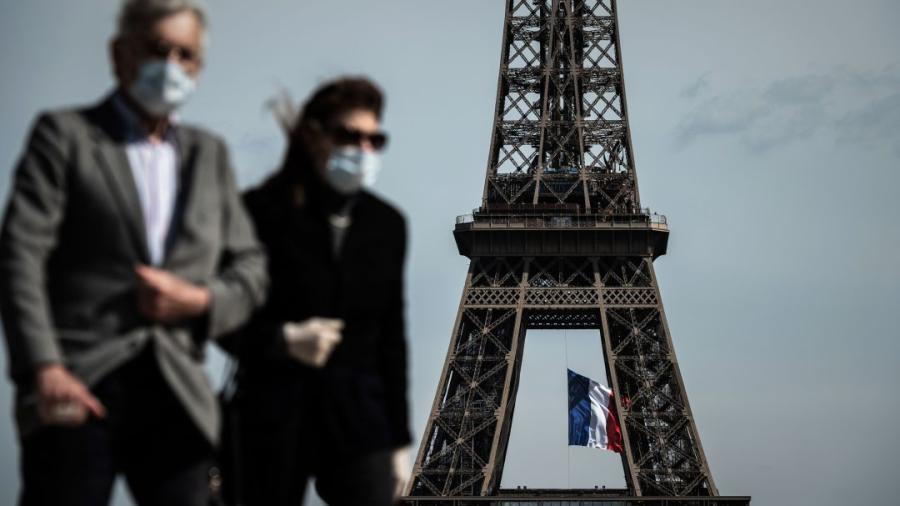 Reduce Francia a 7 días la cuarentena para los contagiados