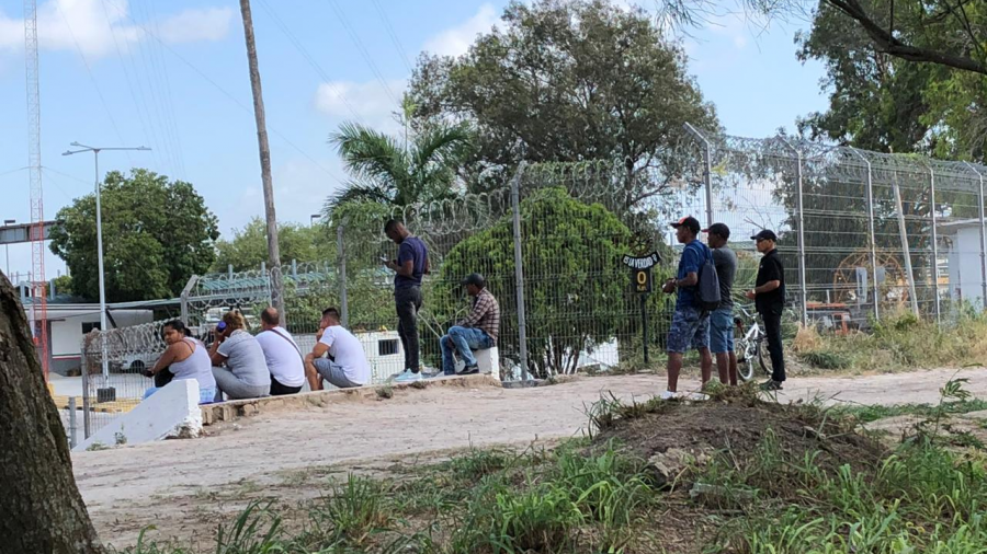 Golpe de calor afecta a indocumentados en Matamoros