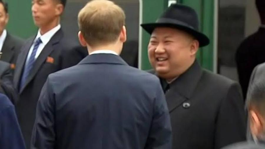 Líder norcoreano llega a Vladivostok para cumbre con Putin