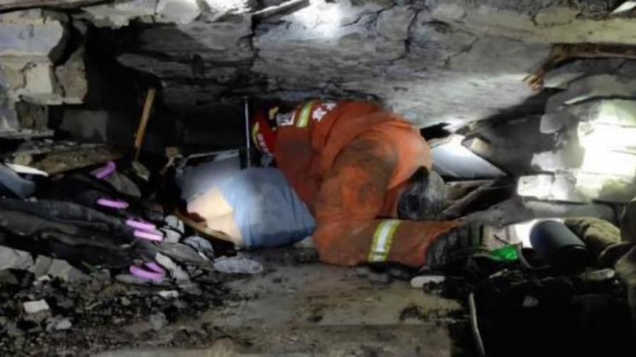 11 muertos tras el sismo de China