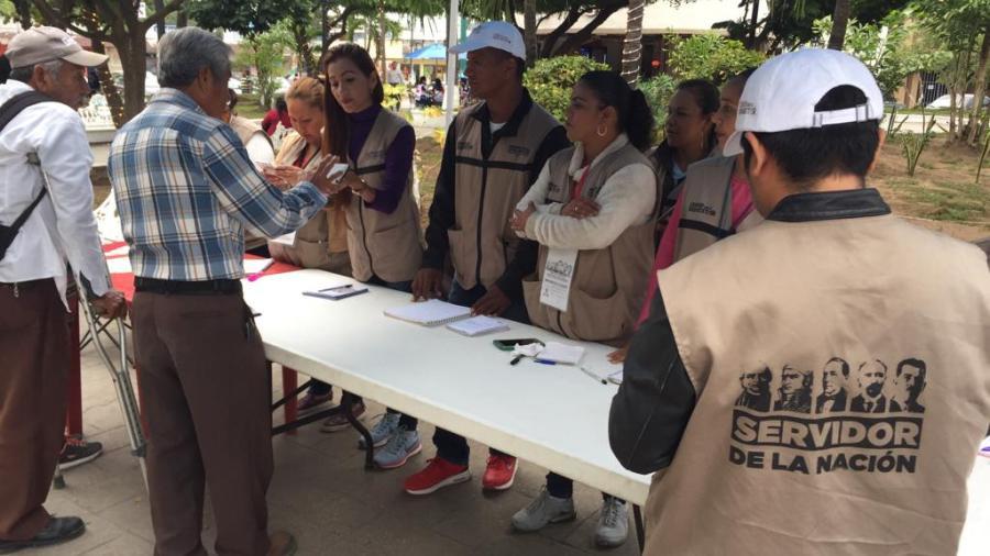 Se levantan censos para integrar a adultos mayores y estudiantes a programas sociales del gobierno federal
