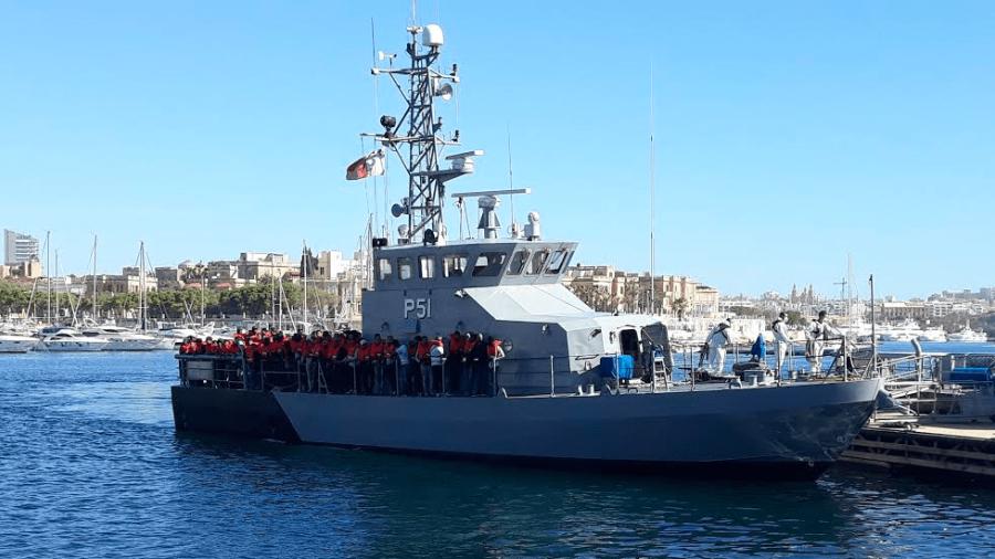 Rescatan a 85 migrantes frente a las costas de Malta