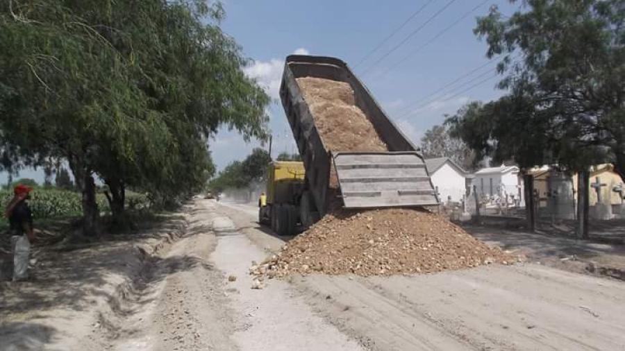 """Realizan rehabilitación a calles del ejido """"Rancho La Posta"""""""