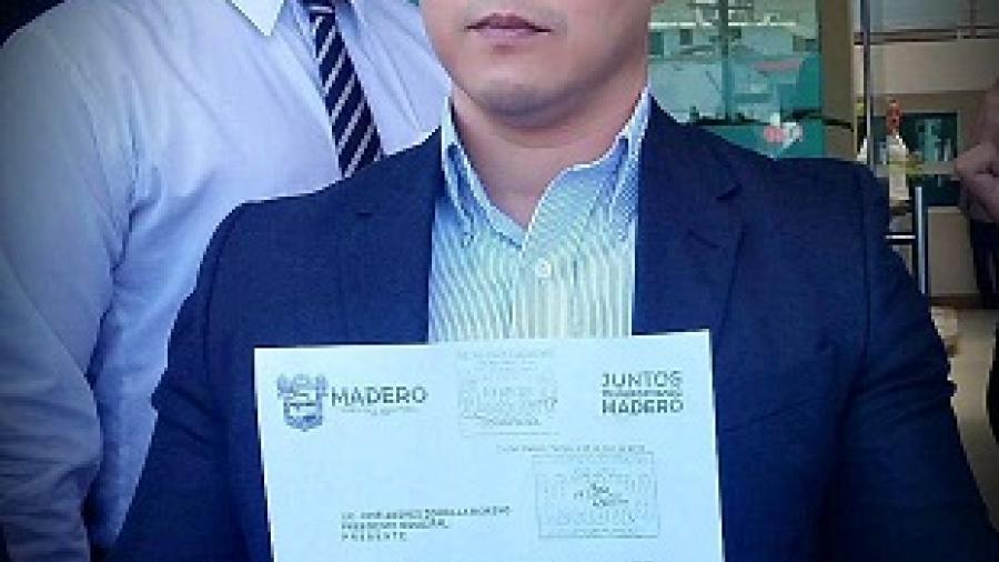 Renuncia Director Jurídico por irregularidades políticas al interior del Ayuntamiento