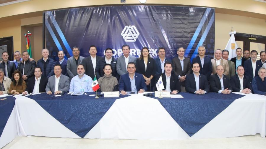Expone Rivas a Coparmex obras que se harán en 2020