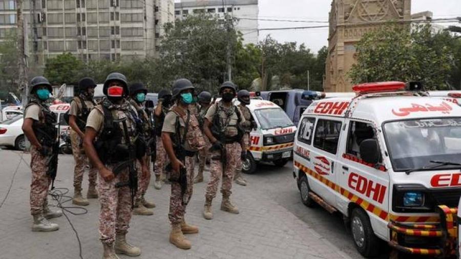 Ataque en Bolsa de Karachi en Pakistán deja al menos 6 muertos