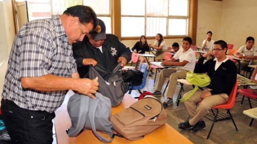 """Urge implementar """"Operativo Mochila"""" en escuelas"""