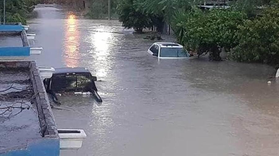 Mercedes ofrece asistencia para residentes afectados por inundaciones