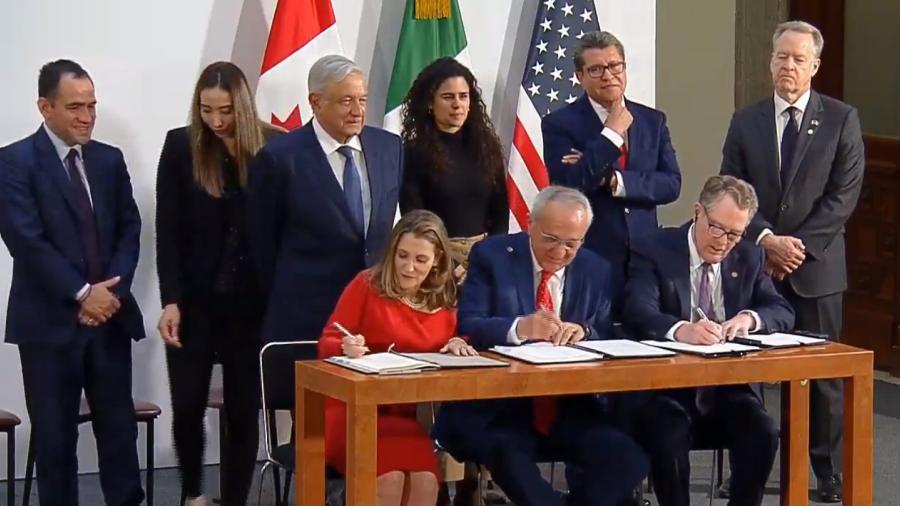 México, EU y Canadá firman en Palacio Nacional el protocolo modificatorio al T-MEC