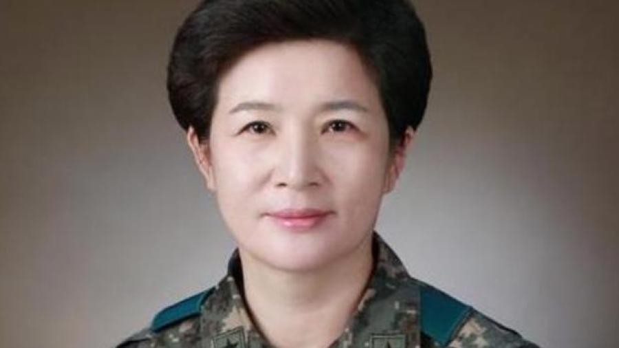 Kang Sun-young, primera generala en Corea del Sur