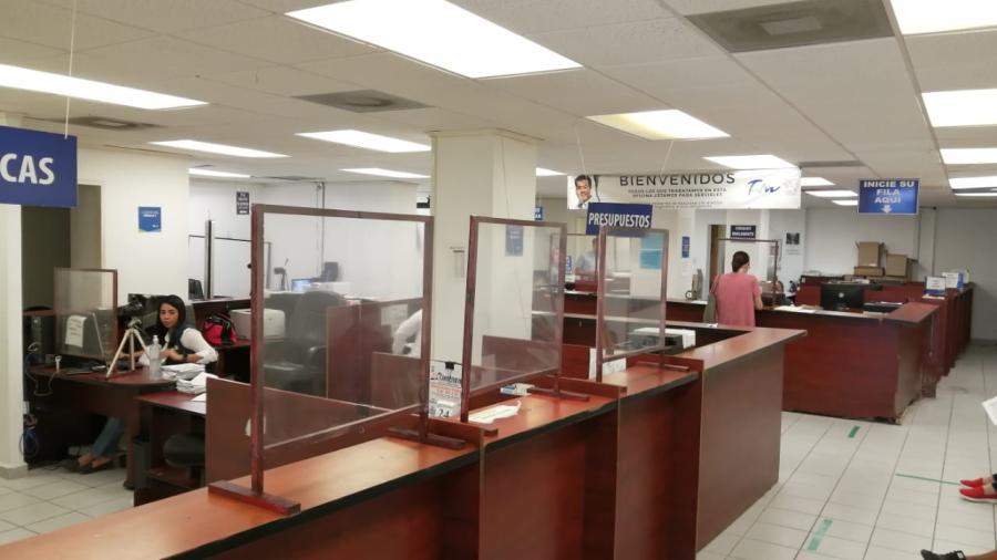A pesar de la gran movilidad en Matamoros baja la recaudación en la oficina fiscal un 50%
