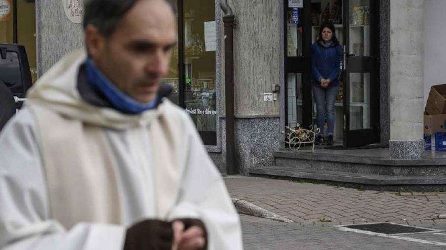 "Concede iglesia ""la indulgencia plenaria"" a enfermos de coronavirus"