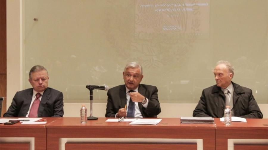 AMLO, Corte y FGR firman acuerdo por Ayotzinapa