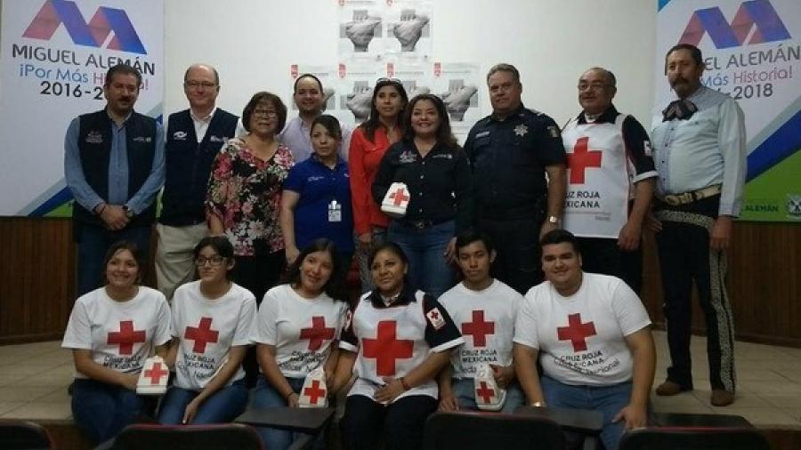 Rosy Corro da inicio a la colecta 2018 de la Cruz Roja