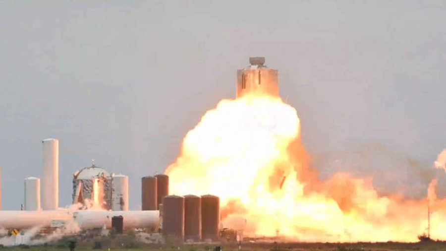 Explota nave prototipo del Space X a horas del segundo intento de despegue