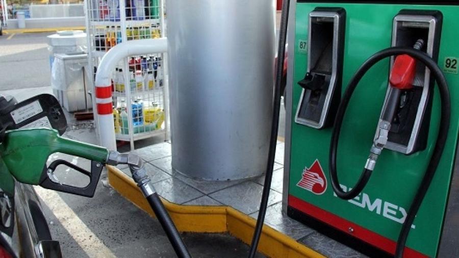 Gasolineras registran precio de gasolina en $13.42