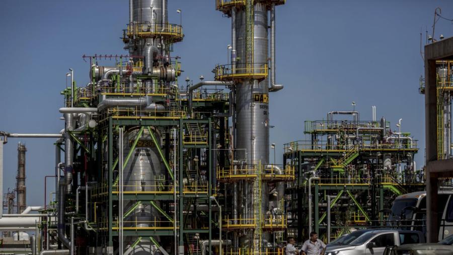 Concanaco optimista por propuesta de AMLO de construcción de dos refinerías