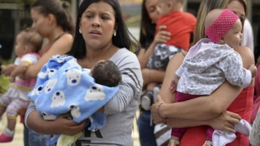 Cada vez más frecuente el registro de bebés por madres solteras