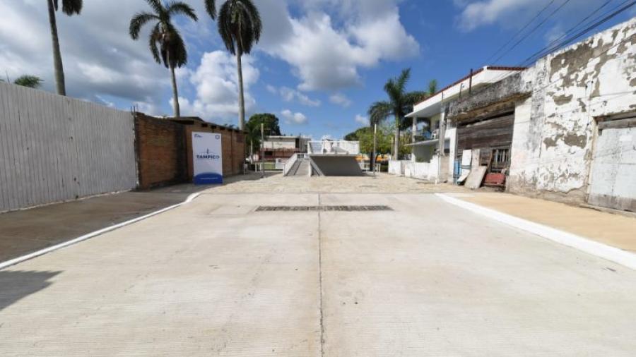 Entrega Chucho Nader nueva vialidad en la colonia Tamaulipas