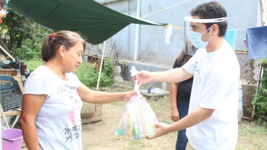 Jóvenes Tamaulipas brinda apoyo alimentario a  familias tamaulipecas