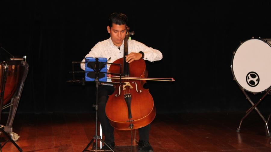 Realiza SET audición a maestros de música y canto