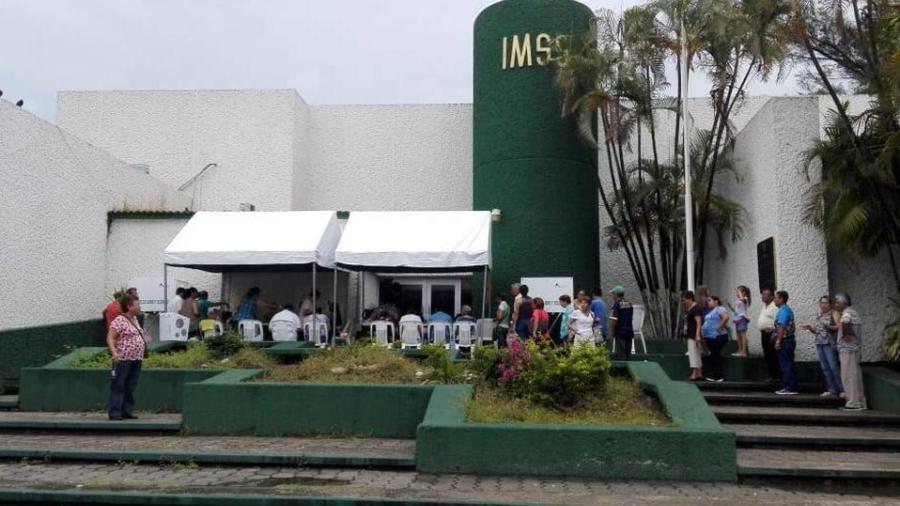 Caen rayos y toldo lesiona a mujer debido a las lluvias en el sur de Tamaulipas