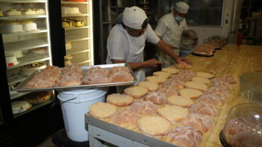 ¿Sin chamba? Canadá busca panaderos mexicanos con un sueldo de 32 mil pesos mensuales