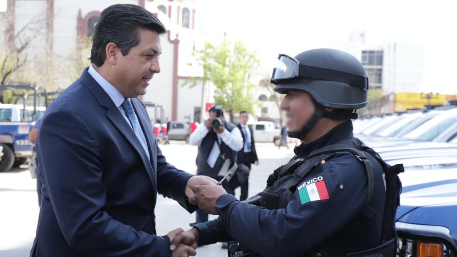 Entrega Gobernador 40 patrullas más para reforzar seguridad