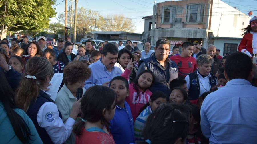 """Invita Presidente Municipal a reconstruir """"Unidos"""" el Tejido Social."""