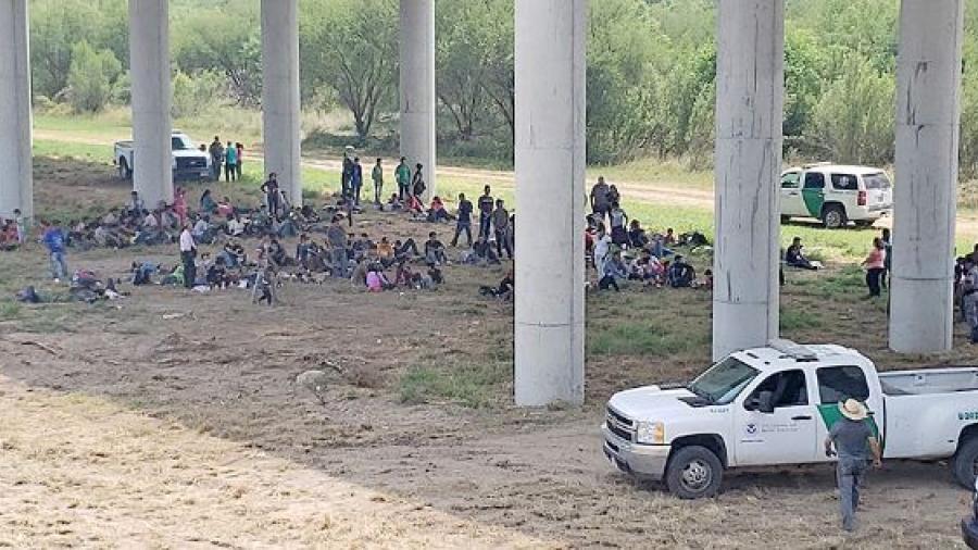 Migrantes sobrepasan capacidad de albergues