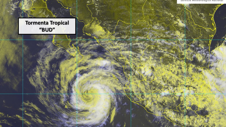 """""""Bud"""" se convierte a tormenta tropical"""