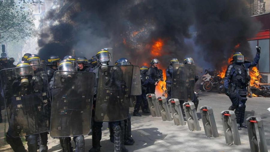 Disturbios en Francia tras marcha de 'chalecos amarillos'