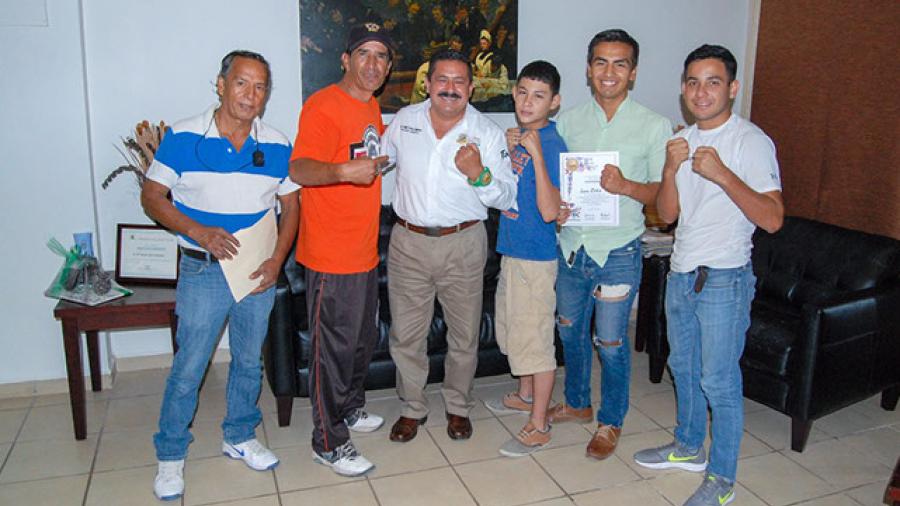 Celebrarán doble campeonato estatal de box