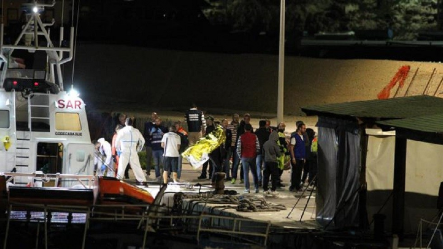 Guardia Costera recupera 12 cuerpos de migrantes en aguas italianas