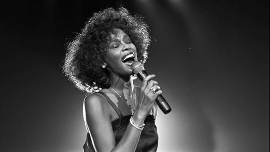 Whitney Houston cumpliría 56 años este viernes