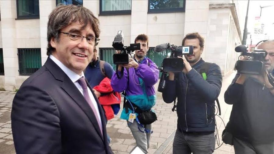 Puigdemont comparece voluntariamente ante la justicia belga