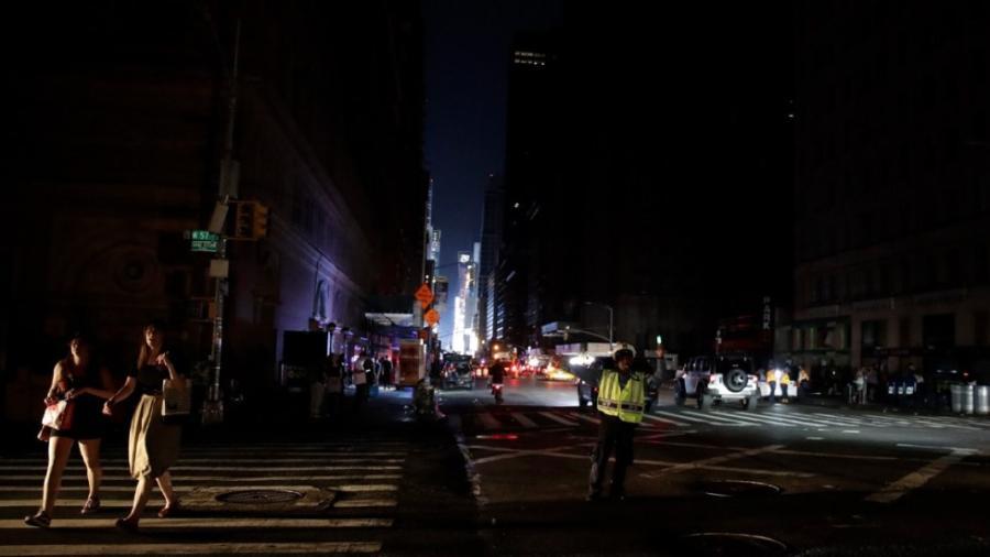 Apagón de NY fue debido a un cable de distribución defectuoso