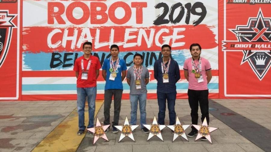Mexicanos se llevan 5 medallas en competencia de robótica en China