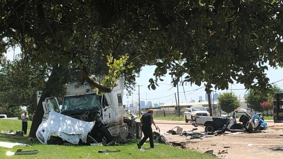 Accidente en el noroeste de Dallas deja al menos 2 muertos
