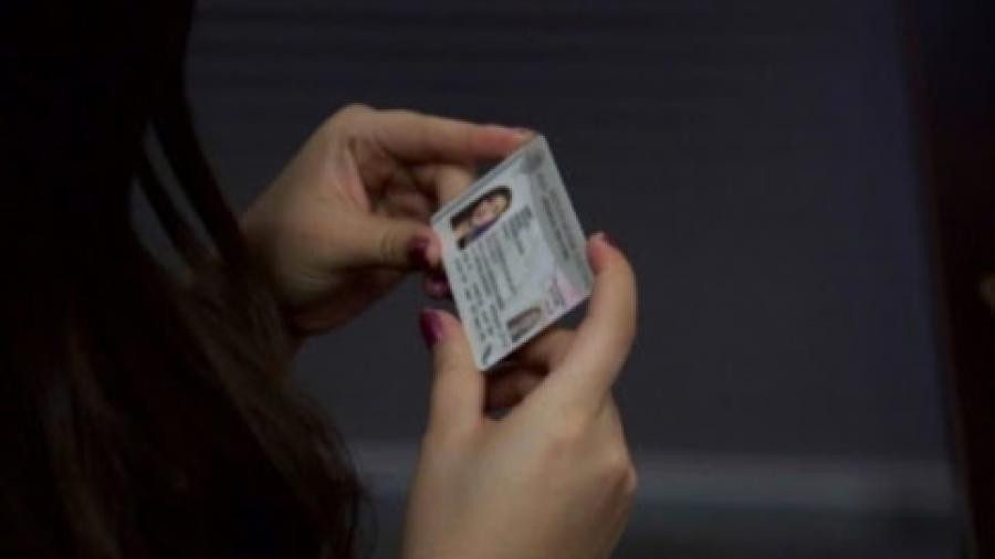 INE recibe más de 6 mil solicitudes de credencial por cambio de nombre y sexo