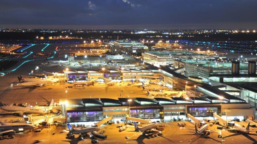 Cierran temporalmente el aeropuerto de Houston por amenaza de bomba