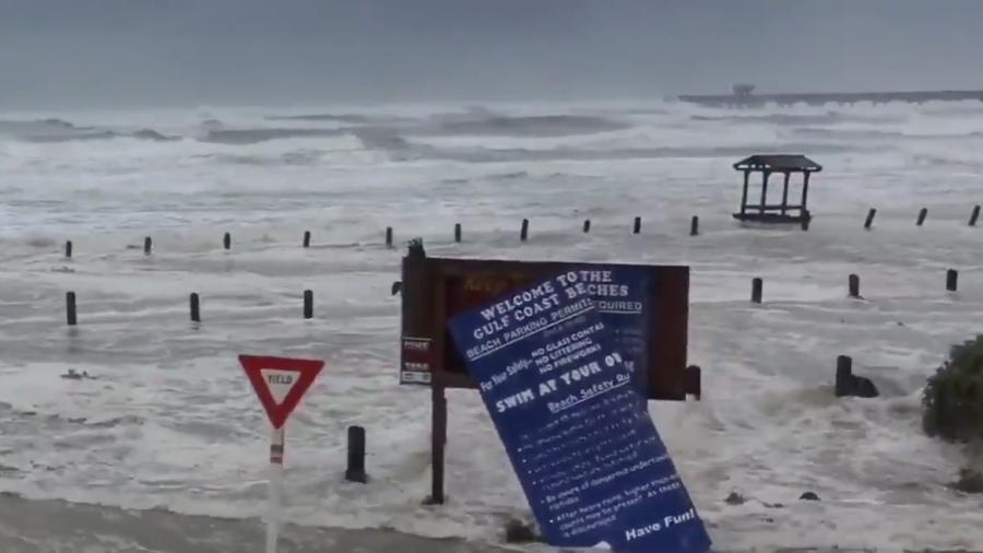 Huracán Hanna ya causa estragos en la Isla del Padre