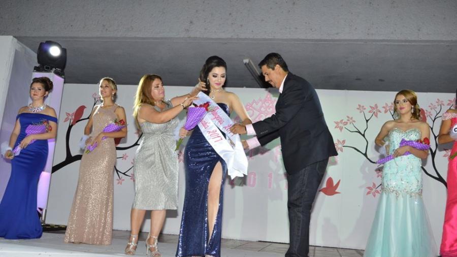Claudia Zepeda, nueva Reina del Pueblo 2017