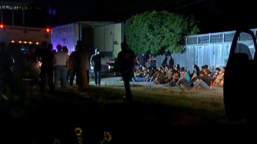 Localizan a presuntos inmigrantes en caja de tráiler en San Antonio