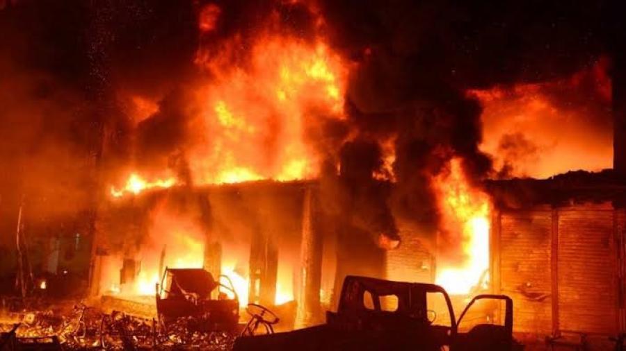 Mueren 70 personas en un devastador incendio en Bangladesh