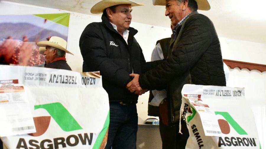 Entrega Gobierno del Estado 8 ton. de semilla