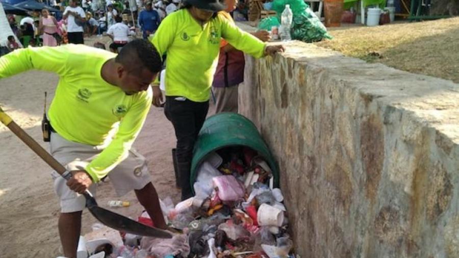 En playas de Acapulco, recolectan más de 42 toneladas de basura