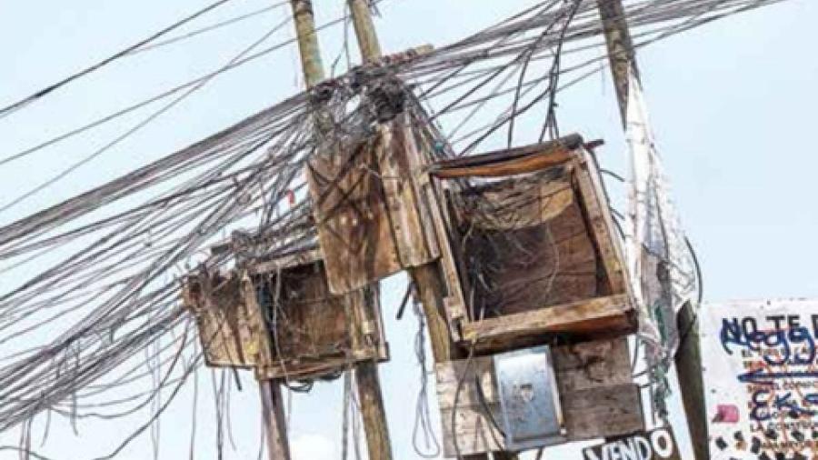 Morena va contra quienes roben energía eléctrica